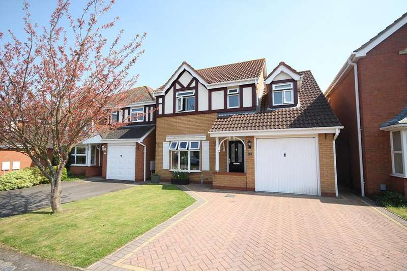 4 Bedrooms Detached House for sale in Montgomery Avenue, Shefford, SG17
