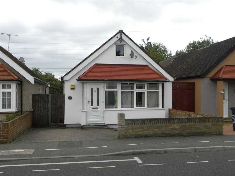 3 Bedrooms Bungalow for sale in St John Road, Slough