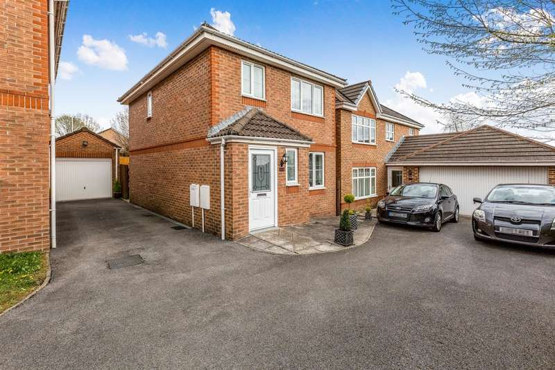 3 Bedrooms Detached House for sale in Underwood Place, Brackla, BRIDGEND