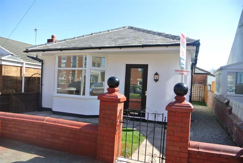 3 Bedrooms Bungalow for sale in Harcourt Road, Blackpool