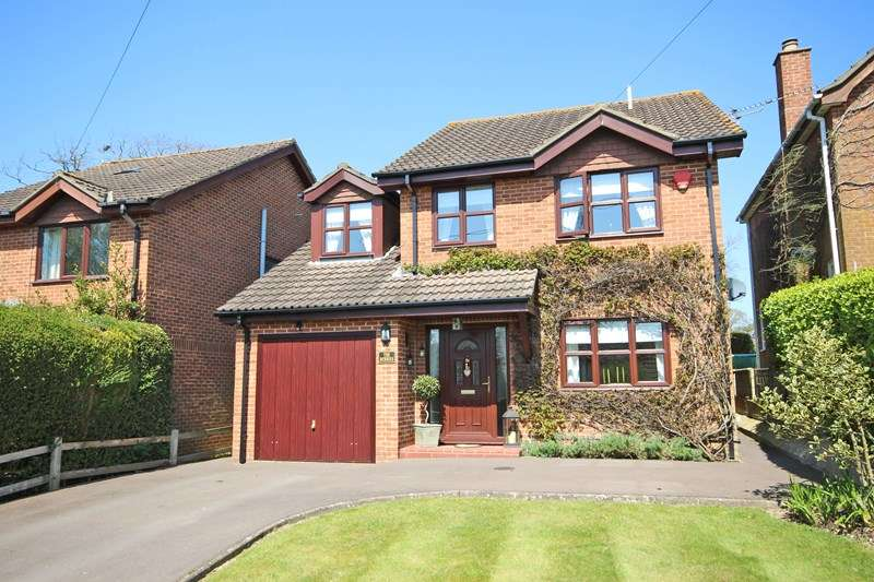5 Bedrooms Detached House for sale in Andrew Lane, New Milton