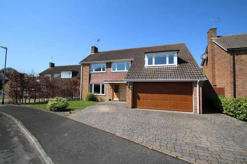 4 Bedrooms Detached House for sale in Collison Place, Tenterden