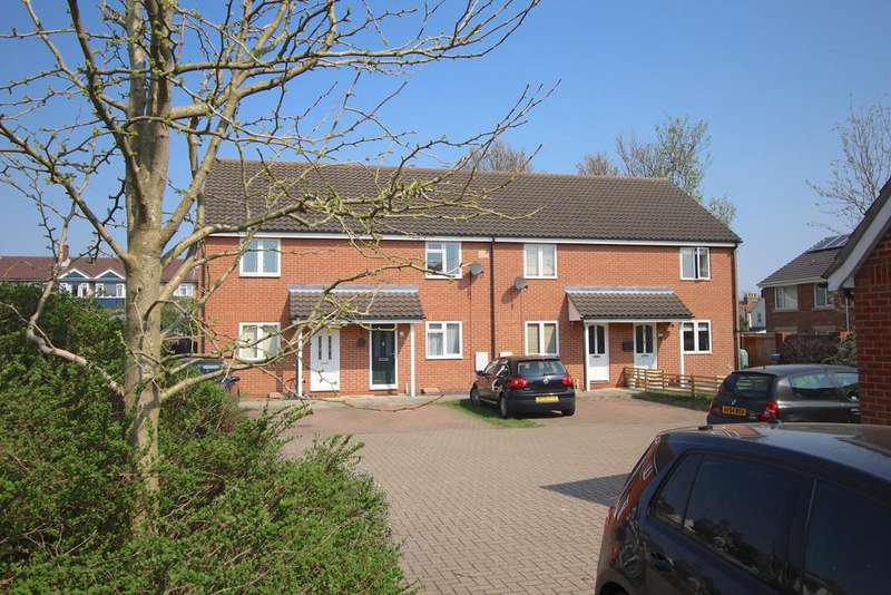 2 Bedrooms Terraced House for sale in Cauldwell Hall Road, Ipswich