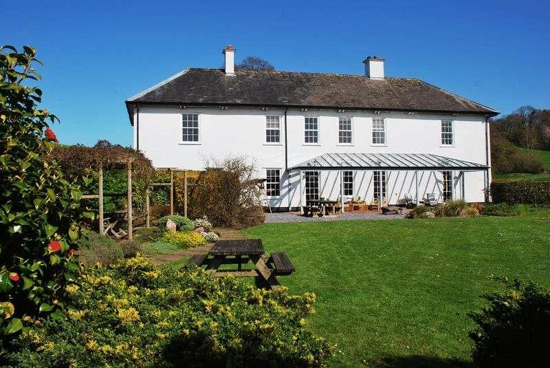 4 Bedrooms Property for sale in Berry Pomeroy, Totnes