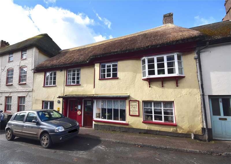 8 Bedrooms Terraced House for sale in South Molton Street, Chulmleigh, Devon, EX18