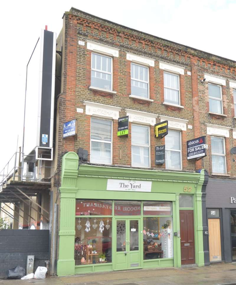 2 Bedrooms Flat for sale in Flat A, Chamberlayne Road, Kensal Rise, London, NW10 3JH