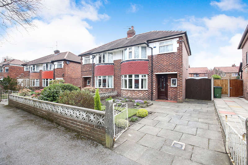 3 Bedrooms Semi Detached House for sale in Parkway, STOCKPORT, SK3