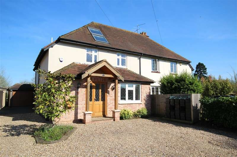4 Bedrooms Semi Detached House for sale in Butchers Lane, White Waltham, Maidenhead, SL6