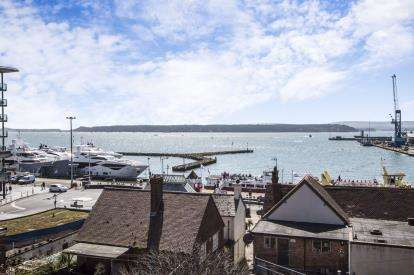 4 Bedrooms Flat for sale in 1 Castle Street, Poole, Dorset