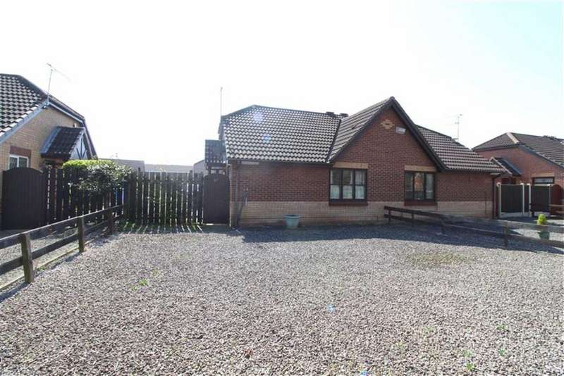 2 Bedrooms Semi Detached Bungalow for sale in Impala Way, Summergroves Way, Hull