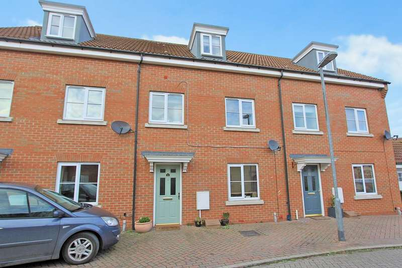 4 Bedrooms Town House for sale in Sheepwash Way, Longstanton