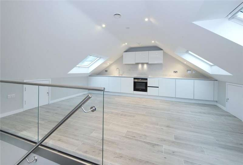 2 Bedrooms Flat for sale in Plot 13, Montreal Mews, Montreal Road, Cambridge, CB1