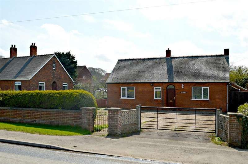 3 Bedrooms Detached Bungalow for sale in Sluice Road, South Ferriby, North Lincs, DN18