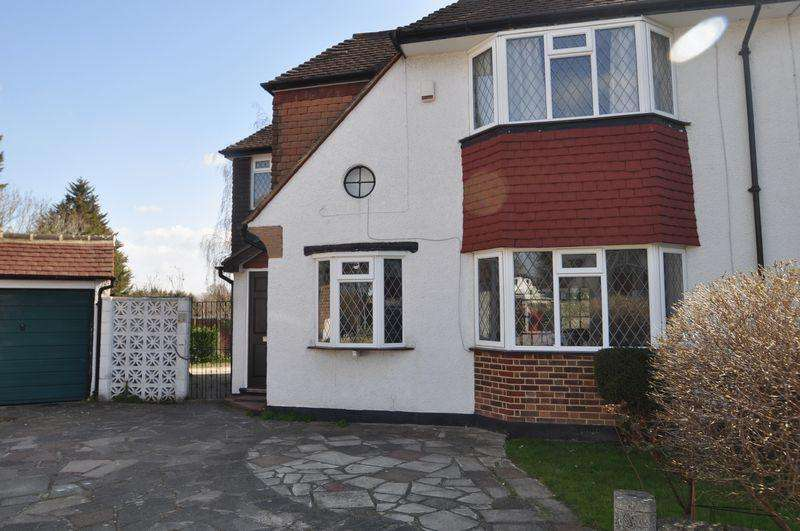 4 Bedrooms House for rent in Parry Drewett are pleased to offer a beautifully presented 4-bedroom semi-detached family home currently being...