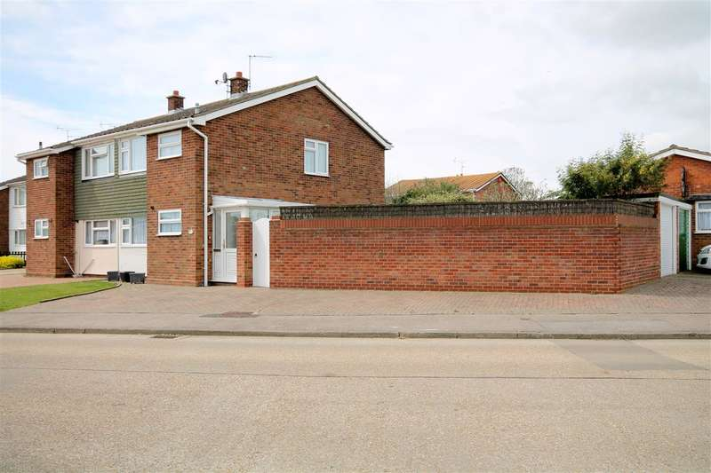 3 Bedrooms House for sale in Ravensdale, Great Clacton