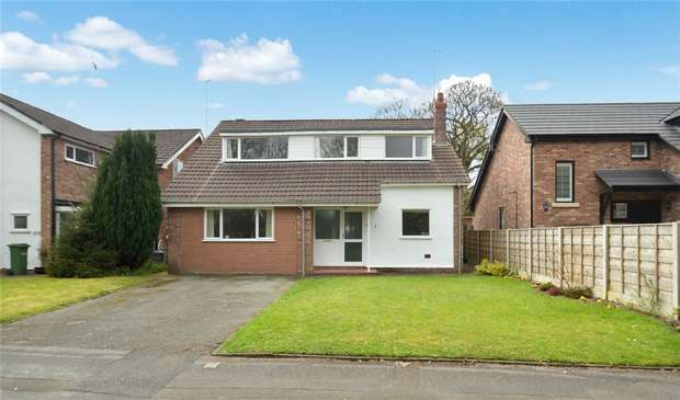 4 Bedrooms Detached House for sale in Salisbury Place, Tytherington, Macclesfield, Cheshire