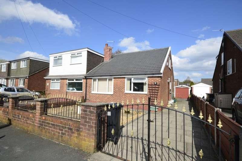 3 Bedrooms Semi Detached Bungalow for sale in York Avenue, Little Lever, Bolton, BL3