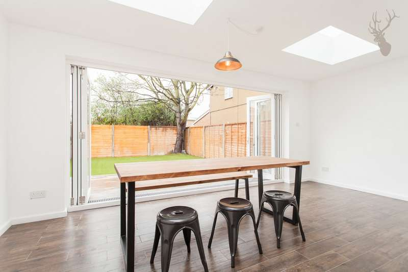 2 Bedrooms House for sale in Whitehorse Lane, Stepney, E1