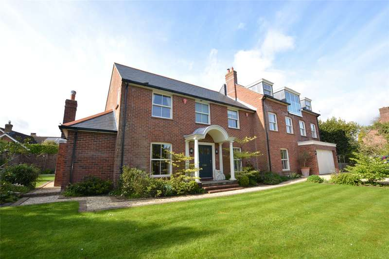 5 Bedrooms Detached House for sale in Grove Pastures, Lymington, Hampshire, SO41