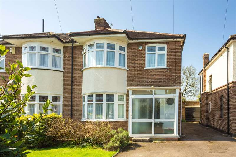 3 Bedrooms Semi Detached House for sale in Orchard Way, Goffs Oak, Waltham Cross, Hertfordshire
