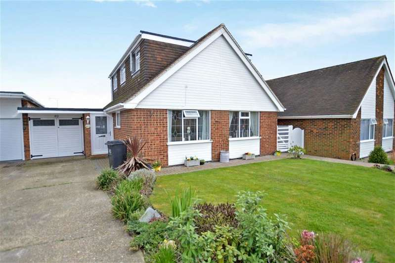 4 Bedrooms Detached House for sale in The Orchards, Epping