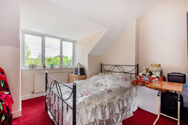 1 Bedroom Flat for sale in Norbury Crescent, Norbury, SW16