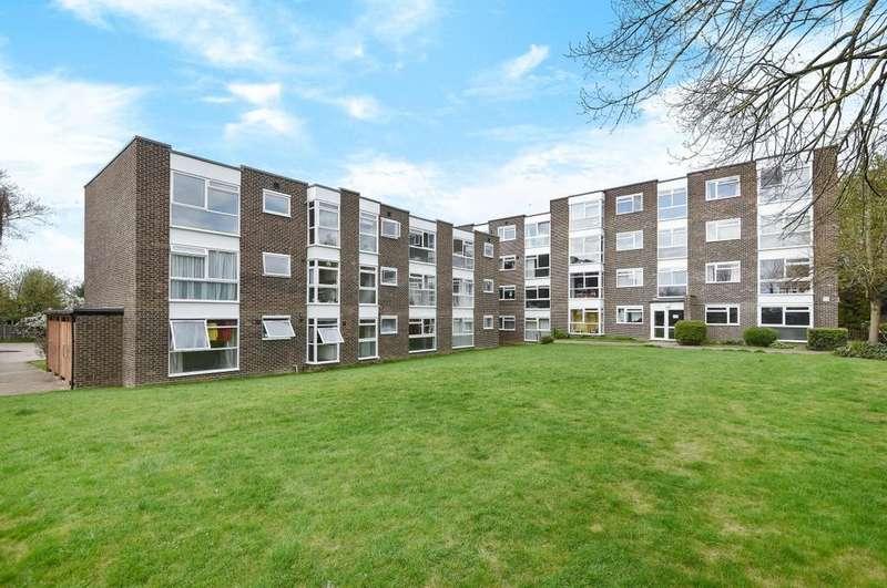 2 Bedrooms Flat for sale in Belmont Hill London SE13