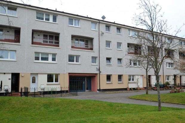 2 Bedrooms Flat for sale in Silverfir Street, Gorbals, G5