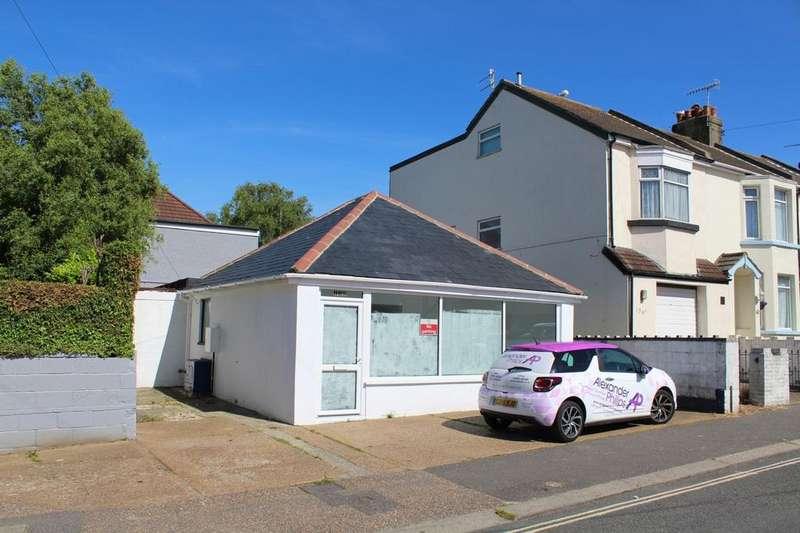 2 Bedrooms Detached Bungalow for sale in Ham Road, Worthing, BN11
