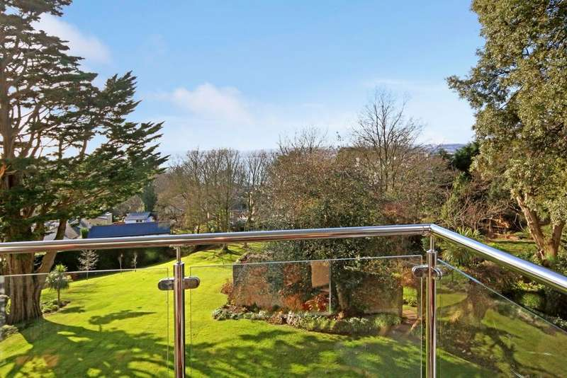 2 Bedrooms Apartment Flat for sale in Ellesmere Lower Warberry Road, Torquay, TQ1