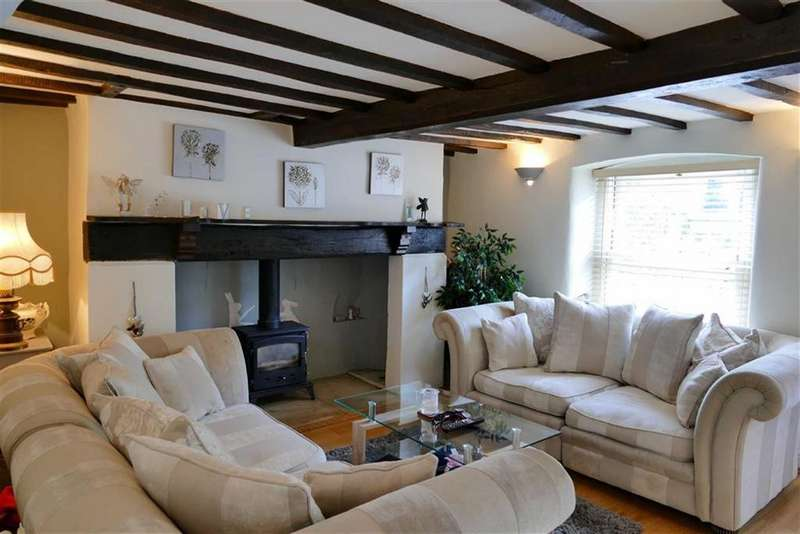 3 Bedrooms Terraced House for sale in London Road, Calne