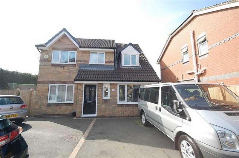4 Bedrooms Detached House for sale in Fairfield Road, Heckmondwike, WF16