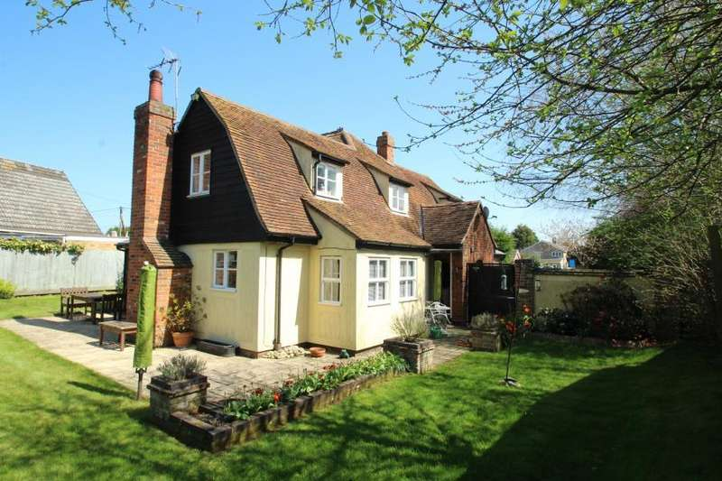 3 Bedrooms Detached House for sale in Heath Road, Stanway Green, Essex