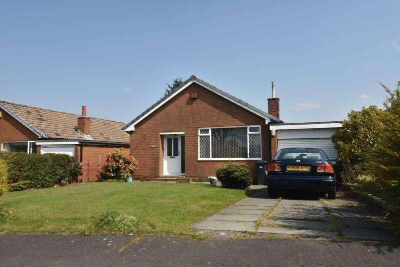 3 Bedrooms Bungalow for sale in Sandray Close, Ladybridge