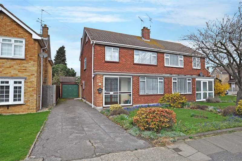 3 Bedrooms Semi Detached House for sale in Dartmouth Road, Chelmsford