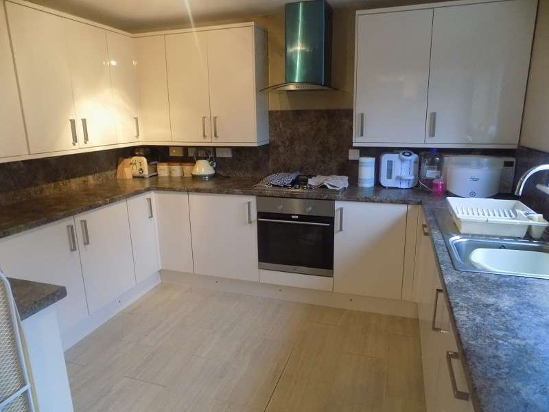 4 Bedrooms Detached House for sale in Abbottsmoor , Baglan Moors, Port Talbot, Neath Port Talbot. SA12 6DT