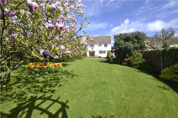 3 Bedrooms Detached House for sale in Davenport Road, WITNEY, Oxfordshire, OX28
