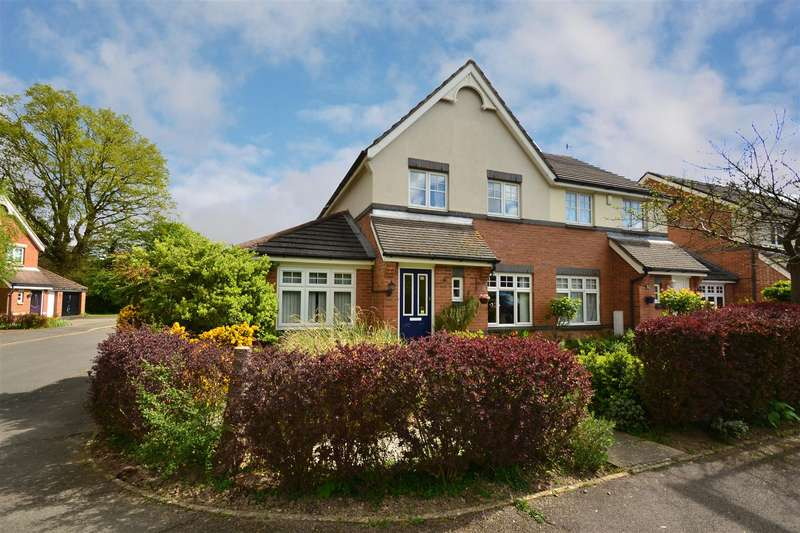 4 Bedrooms House for sale in Cloverfields, Horley