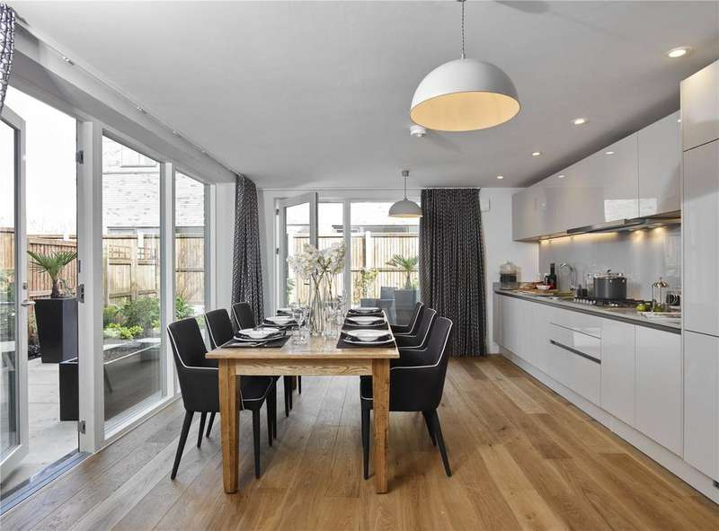 4 Bedrooms End Of Terrace House for sale in Halo, Long Road, Cambridge, Cambridgeshire, CB2