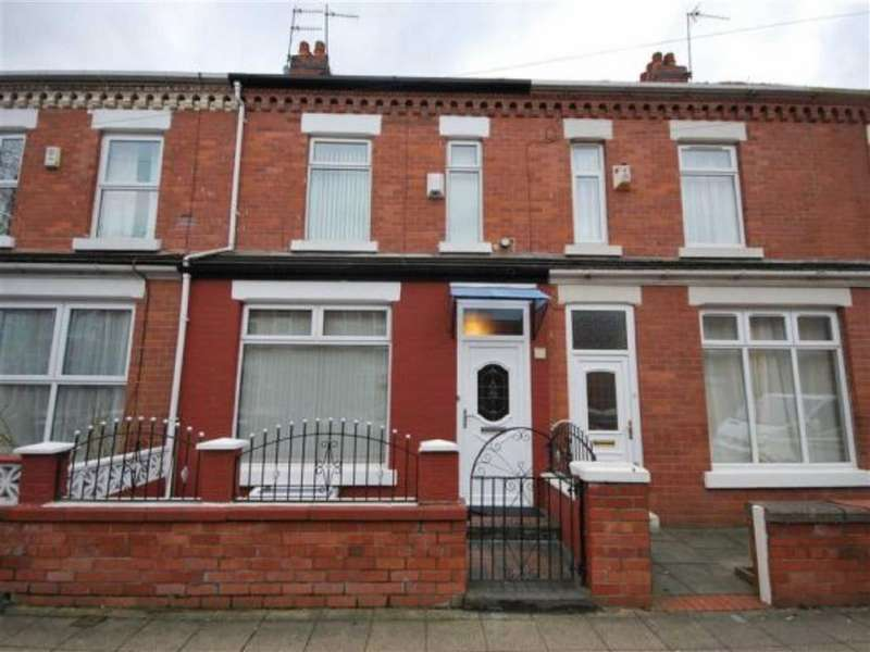 4 Bedrooms Terraced House for sale in Darnley Street, Old Trafford, Old Trafford