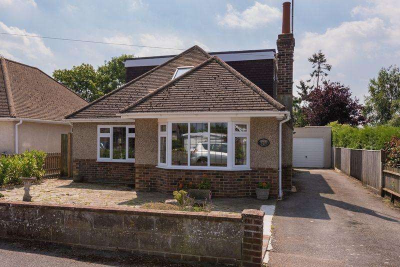 3 Bedrooms Bungalow for sale in Mackie Avenue, Hassocks, West Sussex,
