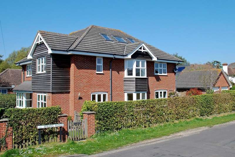 6 Bedrooms Detached House for sale in Spring Road, Spring Road, Lymington, SO41