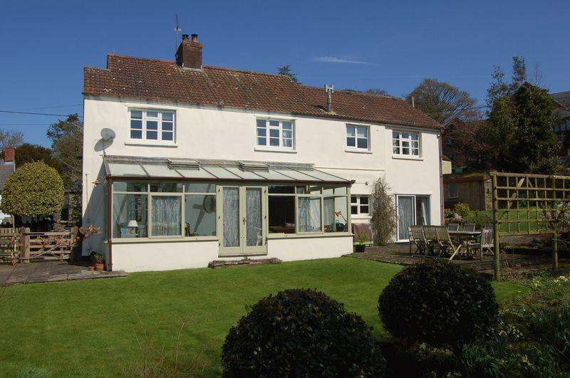5 Bedrooms Detached House for sale in Staunton, Coleford