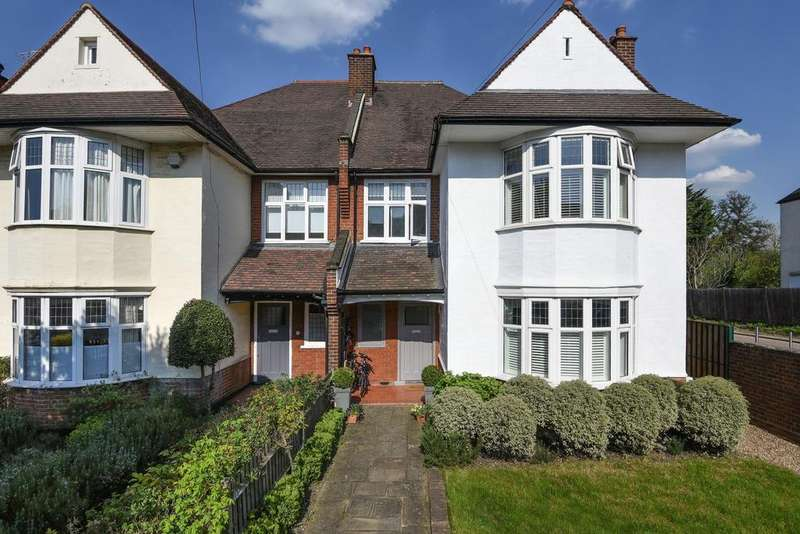 5 Bedrooms Semi Detached House for sale in Red Post Hill, Herne Hill