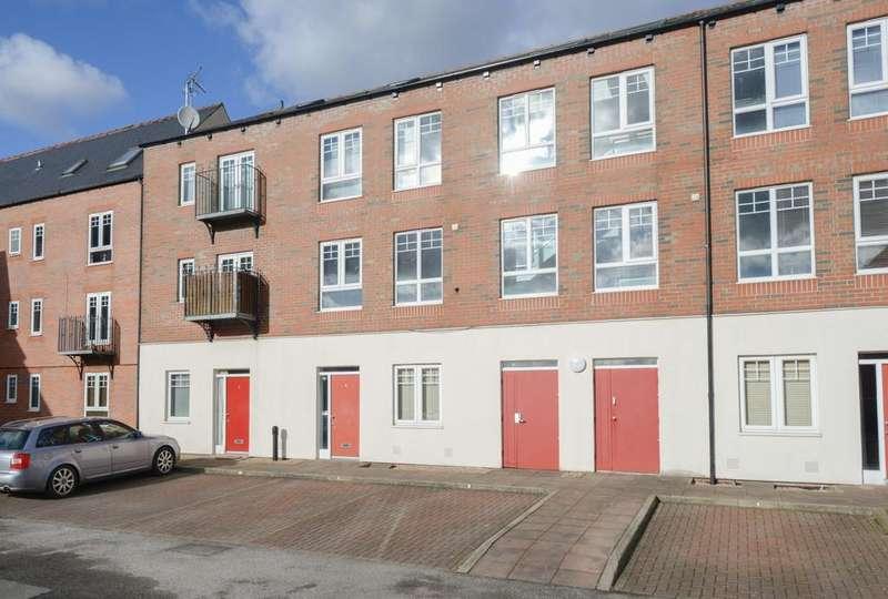 1 Bedroom Apartment Flat for sale in School Board Lane, Brampton
