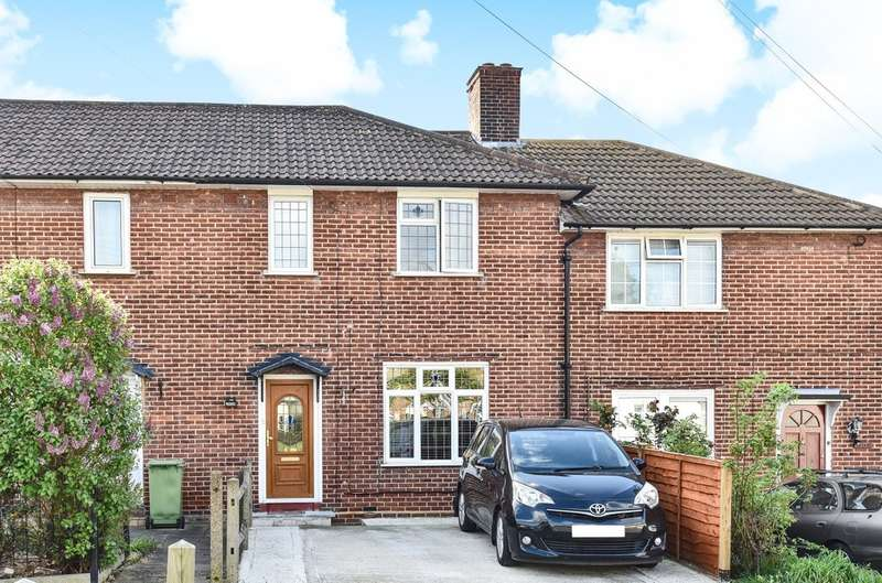 3 Bedrooms Terraced House for sale in Prestbury Square, London