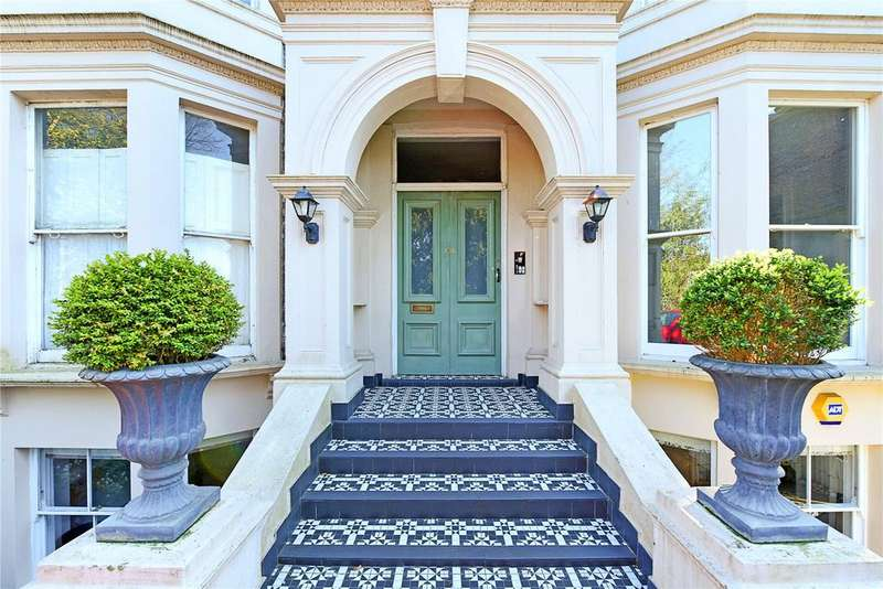 1 Bedroom Flat for sale in Shooters Hill Road, London