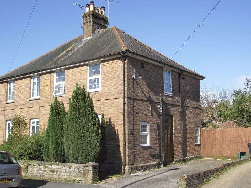3 Bedrooms Property for sale in Fordington - Three Bed Semi-Detached House with Parking