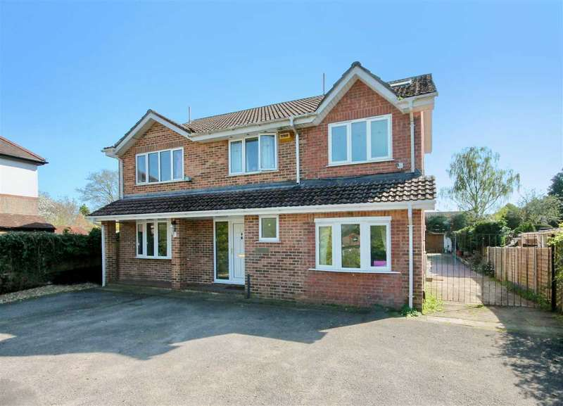 6 Bedrooms Detached House for sale in Magna Road, Poole