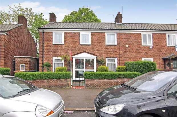 3 Bedrooms Terraced House for sale in Upper Walthamstow Road, Walthamstow, London